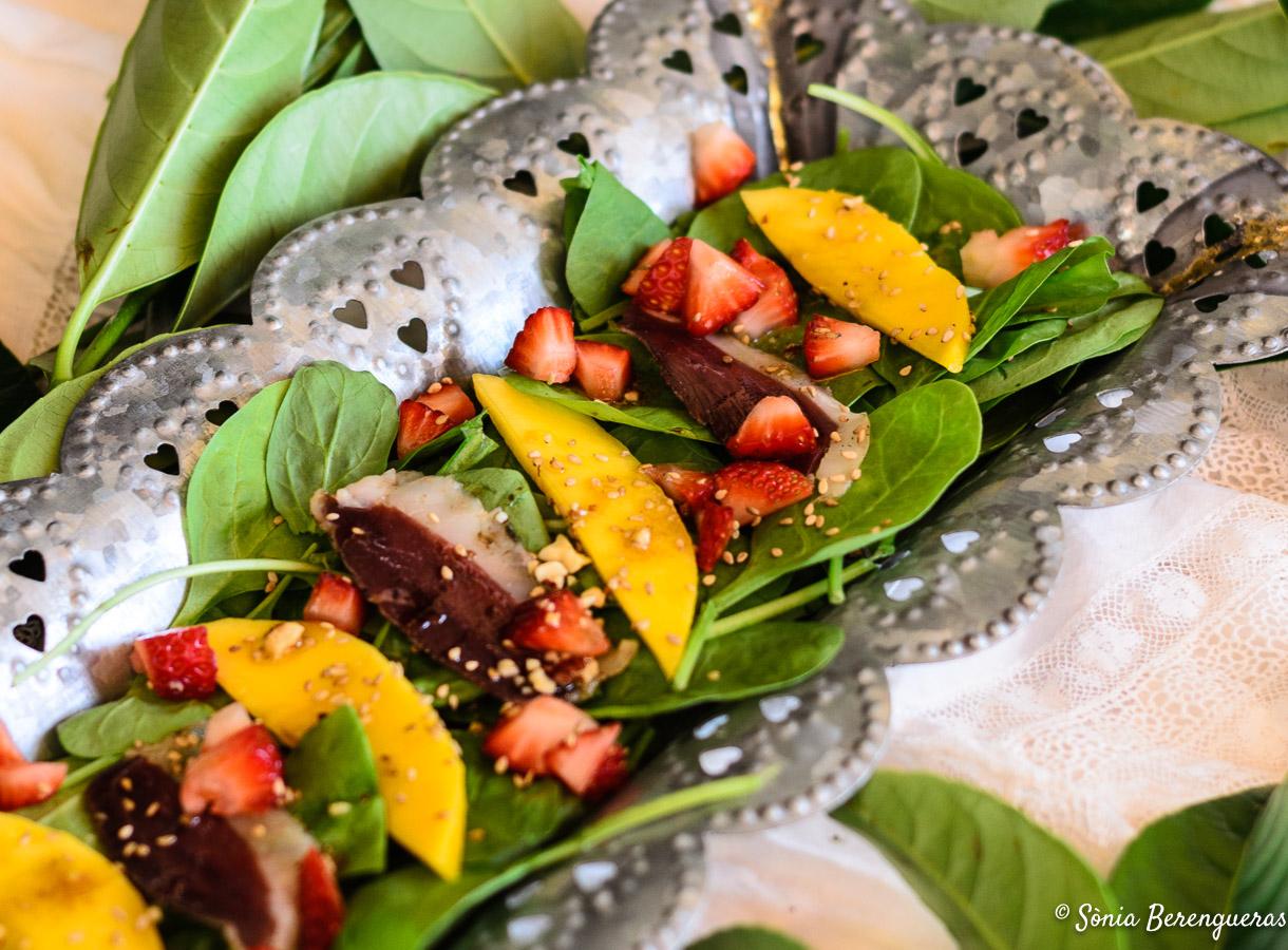 Amanida espinacs mango destacada-3