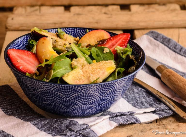 Amanida amb quinoa i fruita-12