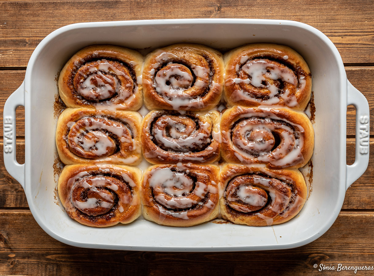 Cinnamon rolls-15