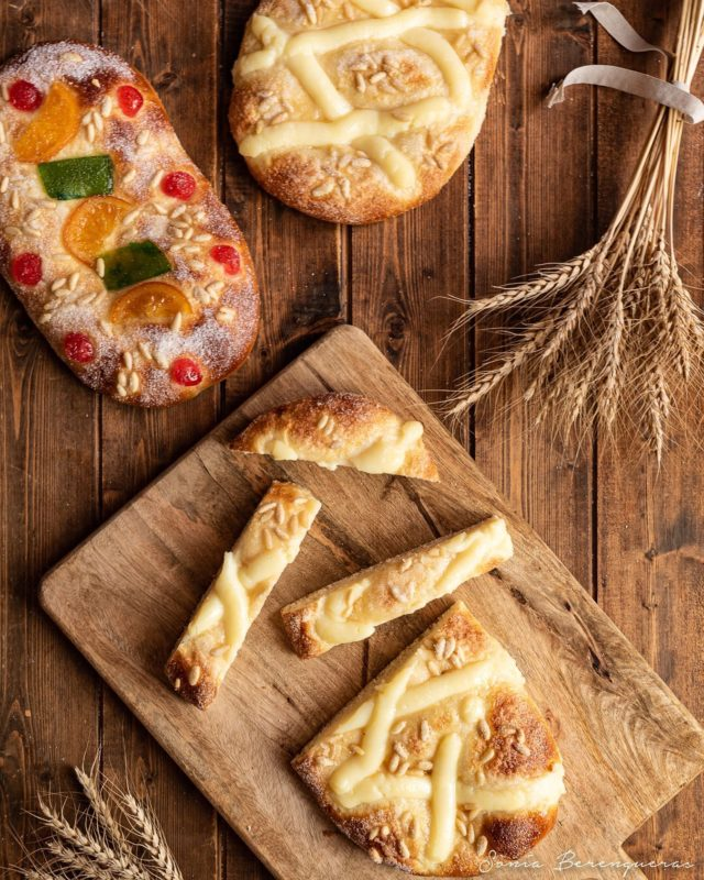 Bona Revetlla! 🍾  #pavisucre #food #foodie #foodphotography #foodstagram #foodstyling #cocadesantjoan #catalunyaexperience #descobreixcatalunya #igers #igerscatalunya #instafood #revetllasantjoan