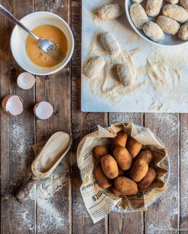 Bon dia! Avui croquetes de galtes rostides 😋 T'apuntes? ▪️▪️▪️  #pavisucre #food #foodie #foodphotography #foodstylist #foodstagram #foodporn #feedfeed #croquetas #croquetes #hautecuisines #beautifulcuisines #igers #igerscatalunya #instagramers #instafood #onmytable